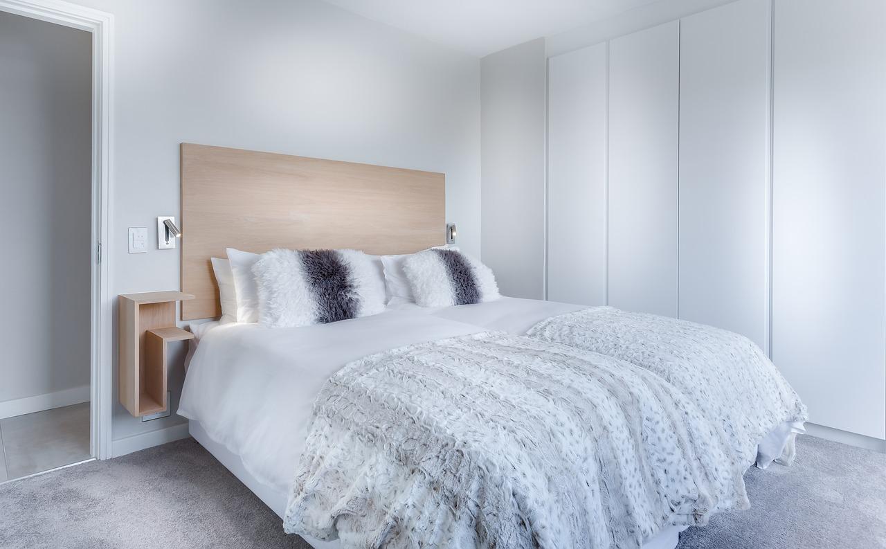 Jak urządzić funkcjonalną sypialnię?