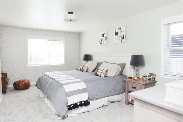 Popularne wymiary łóżek – jak wybrać odpowiedni rozmiar łóżka?